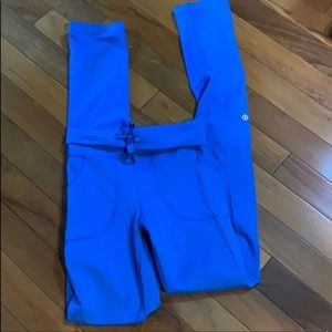 Lululemon leggings in blue / size 4 /